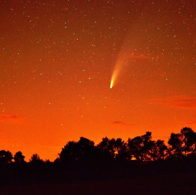 Magog glow and comet