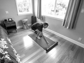 Come creare uno spazio a casa per praticare yoga