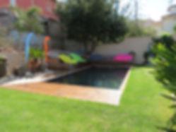 piscin bois intégrée au jardin