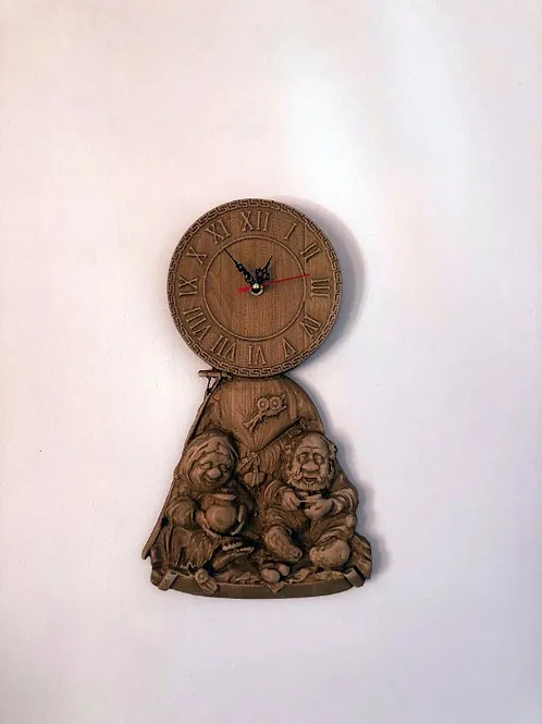 Ceas sculptat - Doi batranei