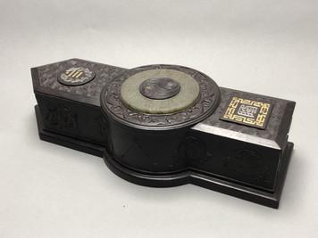 Coffret à objet en bois précieux – 170,000 €