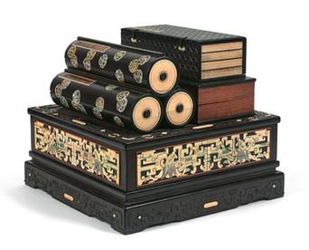 Coffret à sutras et calligraphies - 38.400€