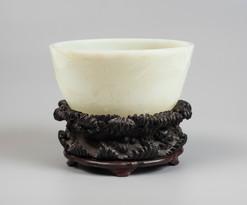 Rare bol en jade blanc - 550.400€