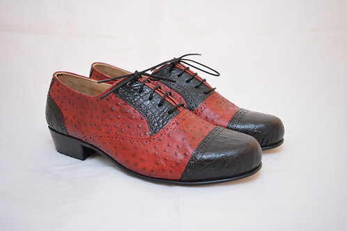 Size 41 Black and Red Classic Leather Sole