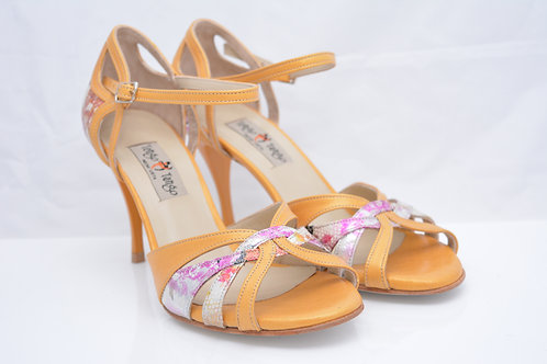 Size 40 Floral Leather and Pearlised Deep Yellow Ornate Peep toe 8cm heel (N)