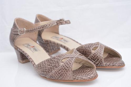 Size 41 Tawny Python Butterfly Peep short heel