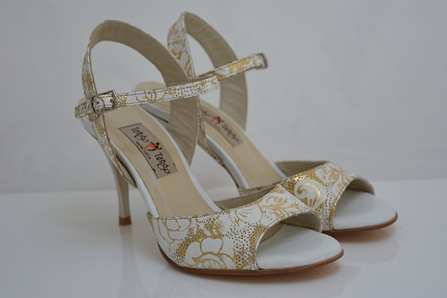 Size 41 Gold Floral embossed leather Sling 9cm heel
