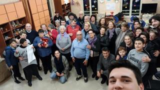 Tortora: preghiera e riflessioni sul Natale e tante risate, al Centro Arianna, con Don Antonio Pappa