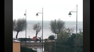 Tortora: mareggiata colpisce l'Alto Tirreno Cosentino e a Tortora si conteranno i danni
