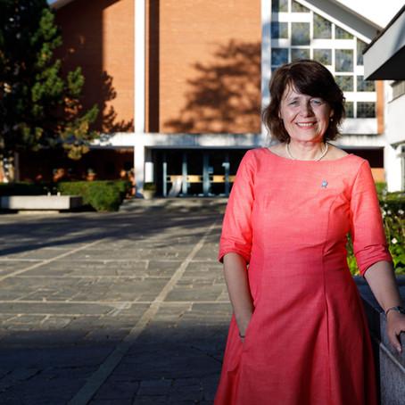 «Die Arbeit mit Kindern fehlt mir»: Die Frau an der Spitze der Reformierten Kirchen im Interview