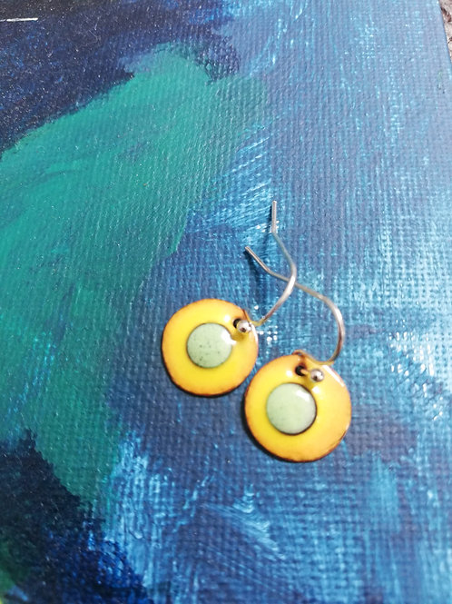 Fiadh Dots Enamel Earrings