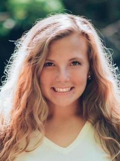 Lauren Blakeley - lblakeley_nursing_pict