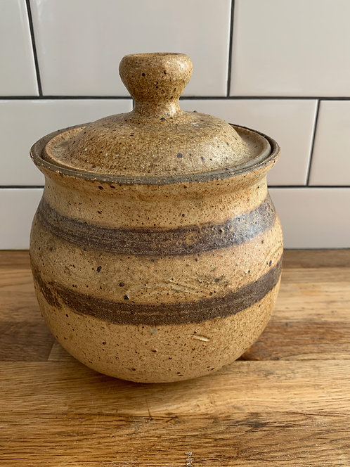 Ceramic Vintage Pot w/ Lid