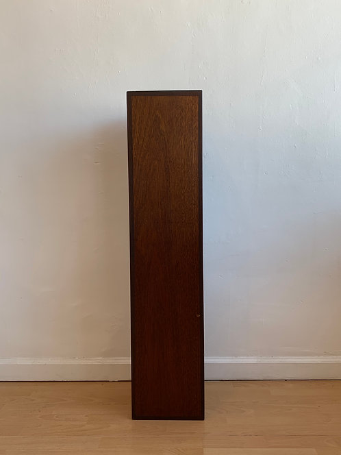 Tall Beautiful 2 Tone Pedestal