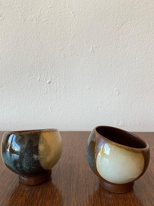Pair of 2 Ceramic Tea Cups