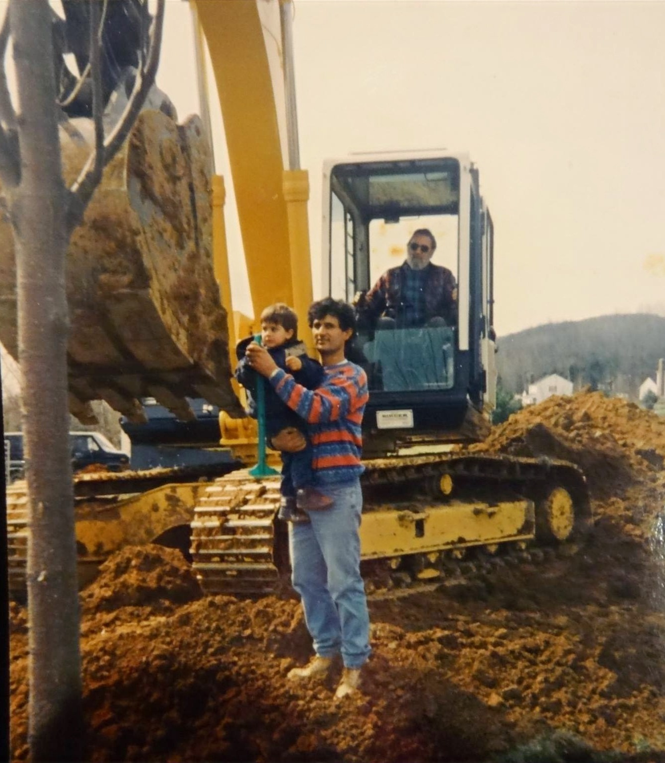 Alex%2520and%2520dad%2520w%2520excavator