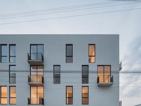 Del Patio Apartamentos / Estudio Hidalgo