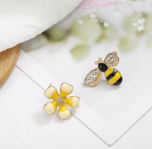 Flowers Bee Earring