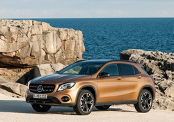 Mercedes-Benz-GLA-2018-1024-05_edited