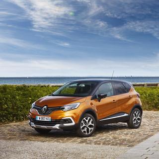Renault-Captur-2018-1024-05.jpg