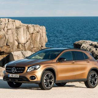 Mercedes-Benz-GLA-2018-1024-05.jpg