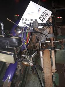 POLÍCIA MILITAR RECUPERA MOTOCICLETA ROUBADA  E APREENDE MENOR INFRATOR  EM SERRA DO SALITRE - MG