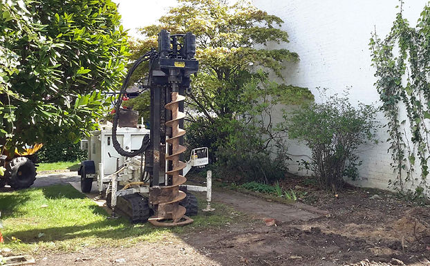 Piling services machinery