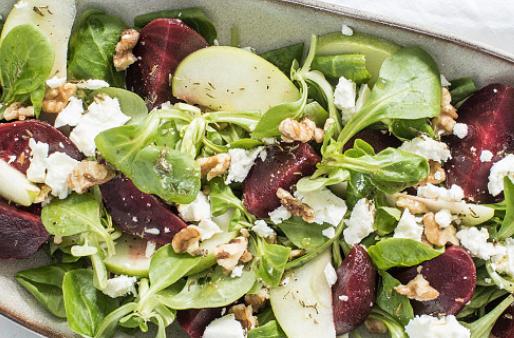 Bietensalade met appel en feta. Super gezond & lekker. In 10 min klaar!