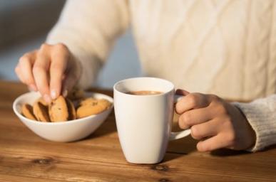 Thuiswerken, snoeptrommel de hele dag door onder handbereik... En eet je nog wel gezond?
