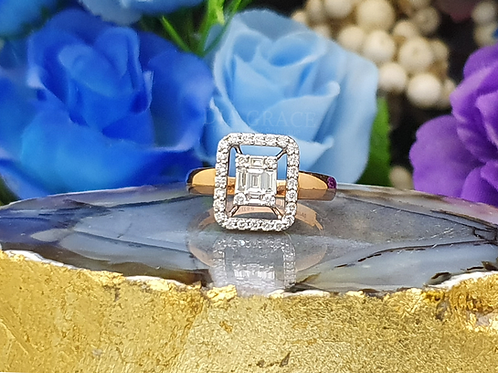 Solid Emerald Cut Setting Diamond Cocktail Ring
