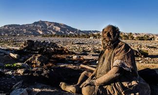 El hombre más sucio del mundo: No se baña hace 60 años (Galeria)