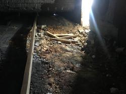 נזק ברצפת תנור