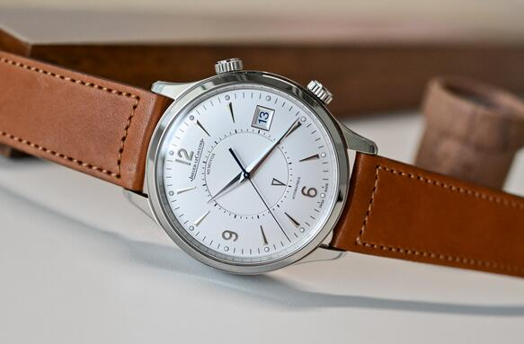 Replica Jaeger-LeCoultre Master Control Memovox Stainless Steel 40mm Watch Review