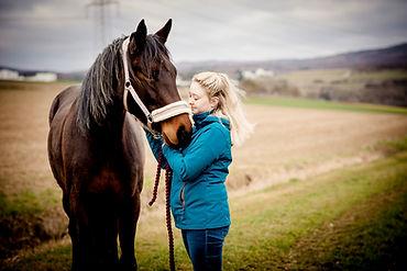 etwas bleibt Fotografie Pferdefoto Familienfoto Fotostudio Elz Limburg Hadamar Pferd