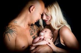 etwas bleibt Fotografie Fotostudio etwas bleibt fotografie_Fotostudio_Montabaur_Westerwald_Limburg_Koblenz Newbornfoto Familienfoto