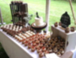 cleveland cupcakes, cleveland, strongsville, ohio, cupcakes, wedding cupcakes, cupcake display, wedding cupcake display, dessert display, party rentals, rustic wedding, display rentals, cleveland bakeries, best cupcakes in cleveland, cleveland weddings,