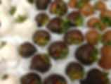 gourmet strawberries, chocolate strawberries, chocolate, chocolates, valentine's day, valentine's day gifts, cleveland, strongsville, chocolate dipped strawberries, chocolate covered strawberries, best valentine's gifts, valentine's day gift ideas, godiva