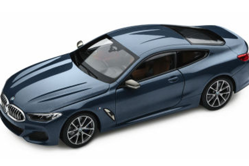 Оригинальная модель BMW  8 Series Coupe Barcelona Blue Metallicl 1:18
