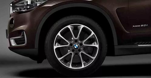 Комплект зимних оригинальных колес Star Spoke 449 F15