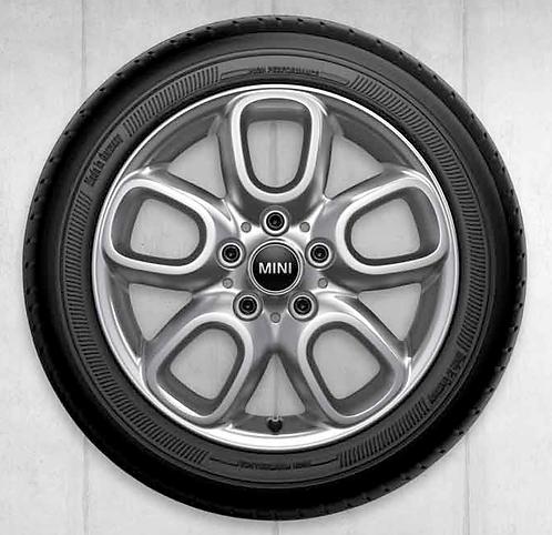 Комплект зимних оригинальных колес Loop Spoke 494 F55/F56/F57