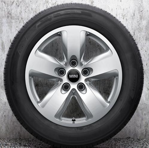 Комплект зимних оригинальных колес Heli Spoke 492 F55/F56/F57