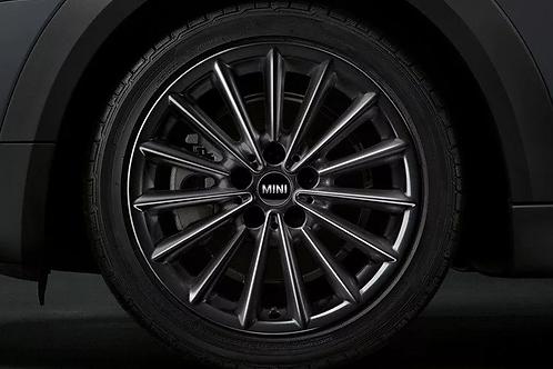 Комплект летних оригинальных колес Multi Spoke 505