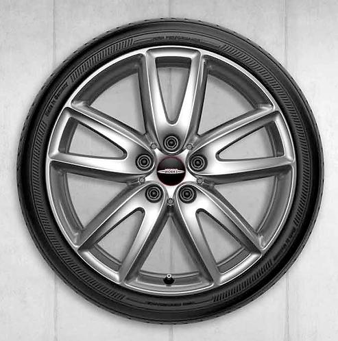 Комплект зимних оригинальных колес JCW Grip Spoke 520 F54