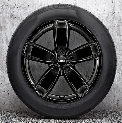 Комплект зимних оригинальных колес Channel Spoke 531 F60