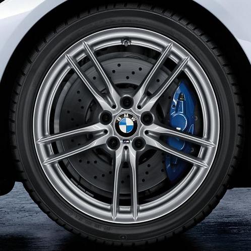 Комплект зимних оригинальных колес V-Spoke 641M F82