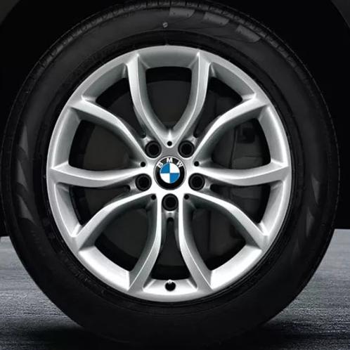 Комплект зимних оригинальных колес V-Spoke 594 F16