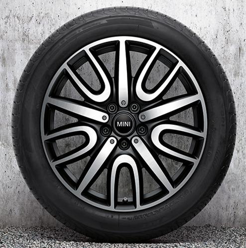 Комплект зимних оригинальных колес JCW Black Thrill Spoke 529 F60