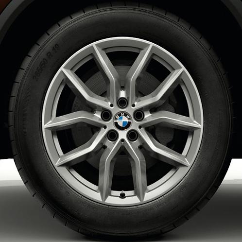Комплект зимних оригинальных колес V-Spoke 734 G06