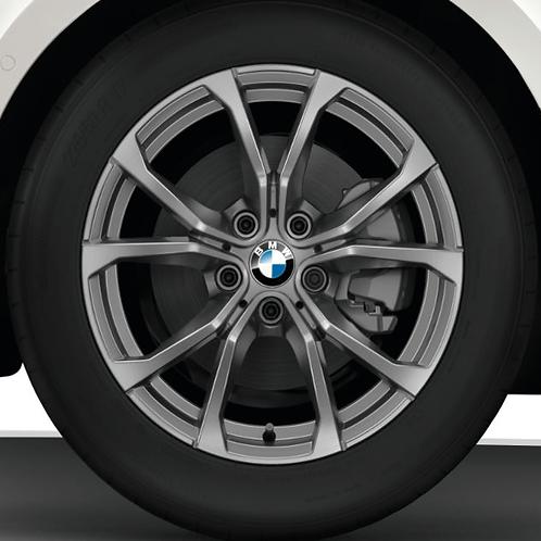Комплект зимних оригинальных колес V-Spoke 776 G20