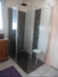 Chambre Hotes Baugé Autreux Guitton : douche italienne rdc